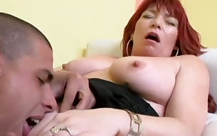 Busty mature whore Marie always wants cunnilingus before sex