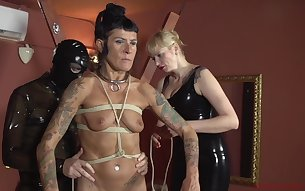 Amateur granny gets tied up and tortured by Patricia MedicalySado