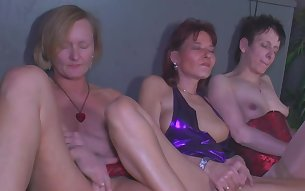 Lesbian matures enjoying warm pussy pleasures