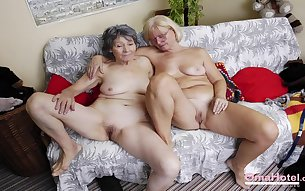 OmaHoteL Mature and Granny Toying Slideshow