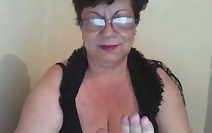 Perverted nerdy chubby mature slut was found by my buddy on web
