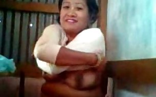 Chubby amateur slutty old lady stripped and flashed her big saggy tits