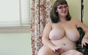 Chubby nerdy mature nympho played with her saggy huge melons