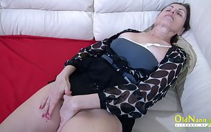 All alone wrinkled dark haired mature whore is happy to masturbate her wet pussy
