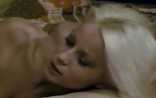Retro porn video with mature blonde whore getting rammed missionary style
